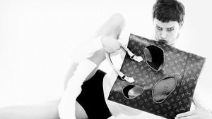 louis-vuitton-campaña-publicitaria-una-celebración-del-monogram--Louis_Vuitton_Celebrating_Monogram_ad_campaign_6_DI3