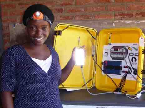 maletas solares salva vidas